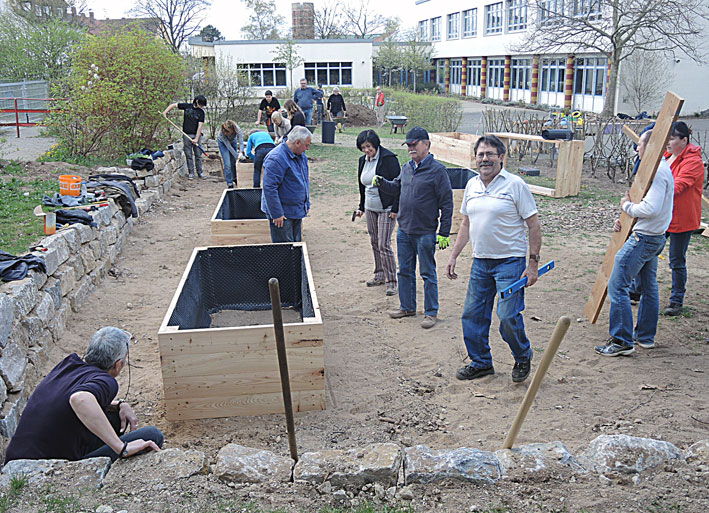 Hochbeetebau-Seminar-Gartenpaedagogik